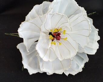 Japanese Kanzashi Hair accessorie white Peony, Resin Kanzashi