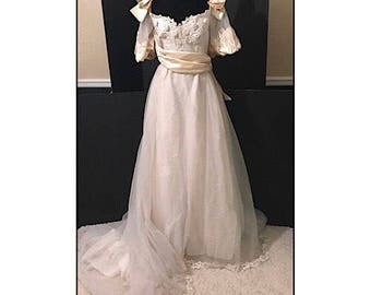 SALE - Vintage Alfred Angelo Wedding Gown