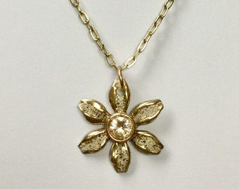 Champagne Cubic Zirconia Bronze Daisy Enameled Necklace