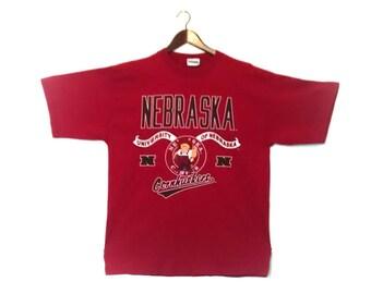 Vintage University of Nebraska Cornhuskers tshirt // Vintage Nebraska Cornhuskers tee // Vintage University of Nebraska Cornhuskers tshirt