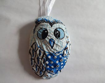 Handmade Owl seashell ornament decoration painted shell Christmas decor