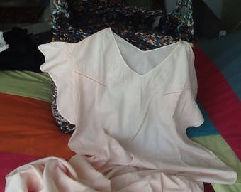 Cotton long shirt thin pale pink embroidered has short sleeves and pleats