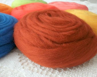 50g 2.5 m wool carded terracotta 4409 for felting, needle & water.