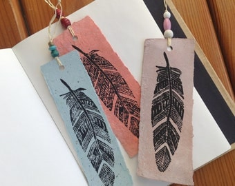 Bookmark - feather pattern - size 15 x 5 cm