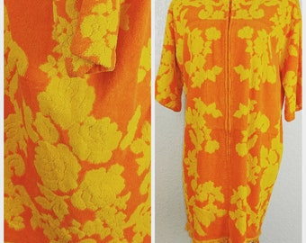 Incredible Vintage Terry cloth Cover up Robe