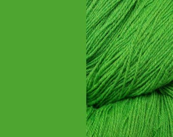 Wool Yarn, lime green, DK, 3-ply worsted knitting yarn 8/3 100g/130m