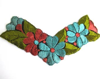Trim Applique, 1930s floral embroidered applique. Sewing supply. #6A7G14AKD