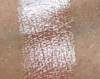 Velvet- liquid eyeshadow