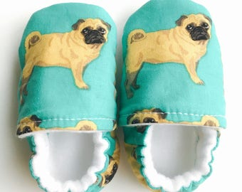 Dog baby shoes | Pug baby shoes | Pug Shoes | Handmade baby shoes | Baby boy shoes | Neutral baby shoes | girl baby shoes | Dog shoes
