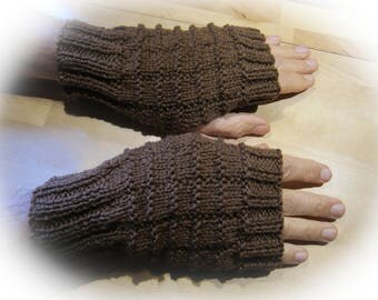 Men checked Brown mittens