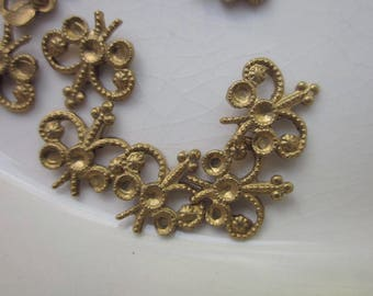 24 Raw Brass Crown Stamping, 10mm x 10mm, Setting for 2mm Rhinestones