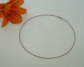 ROUND neck in color Brown Metal 45cm steel wire