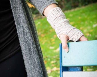 Linear Crochet fingerless gloves