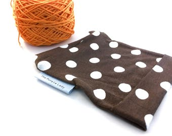 Yarn Cake Sleeves Brown with Polkadots