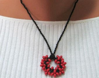 Macrame necklace, Bead macrame necklace, Black and red macrame necklace, Lame necklace, Bunch necklace, Unique necklace, Macrame jewelry