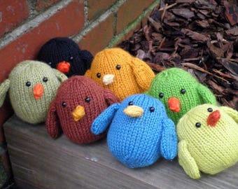 Hand Knit Bird - Adorable Plush Wool Yarn Woodland Birds - Cute Forest Animal Holiday / Housewarming / Birthday / Kids Stuffed Knitting Gift