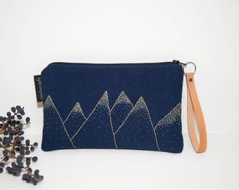 Fabric pouch Navy Blue and gold / blue embroidered pouch / clutch in Navy blue fabric / gold embroidery / clutch