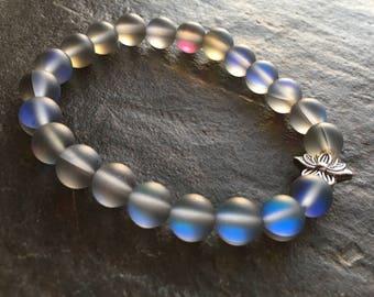Holographic Beaded Bracelet//Stretch Beaded  Bracelet//Lotus Beaded Bracelet//Holographic Bracelet//Holographic Jewelry//Lotus Flower