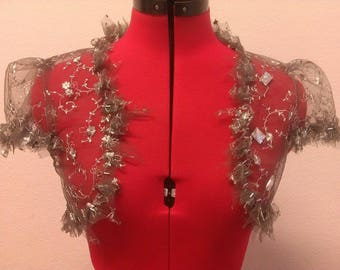 Small grey bolero, lace and pearls