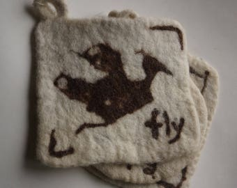 Potholder, Hand Felted Pot Holder, Wool Pot Holder, Bird, Trivet, Organic Wool