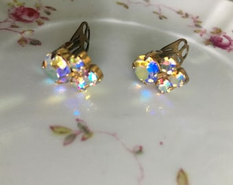 Beautiful vintage Aurora clip on earing multicoloured shimmer stones