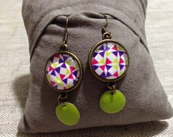Earrings cabochon & enameled sequin - geometric shapes.