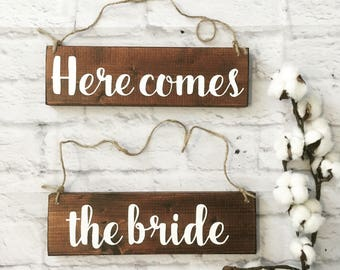 Here comes the bride wooden sign, Used wedding decoration, ring bearer sign uncle Rustic Spring Fall winter spring stuff, Bridal decor