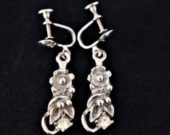 "Vintage Delicate Flower Floral Rhinestone Screw Back Dangle Earrings Boho Costume Jewelry 1.5"""