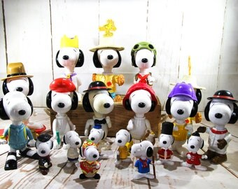 Vintage snoopy character figures