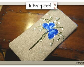 Butterfly embroidered on natural linen handmade glasses case