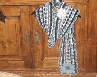 CROCHET scarf in shades of blue