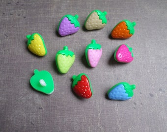 25 buttons as large Strawberry mix colors 2.6 cm