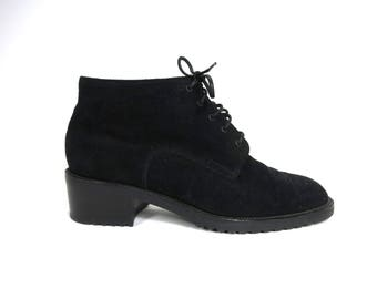 Bally Black Suede Lace Up Flat Ankle Boot Bootie Size 5