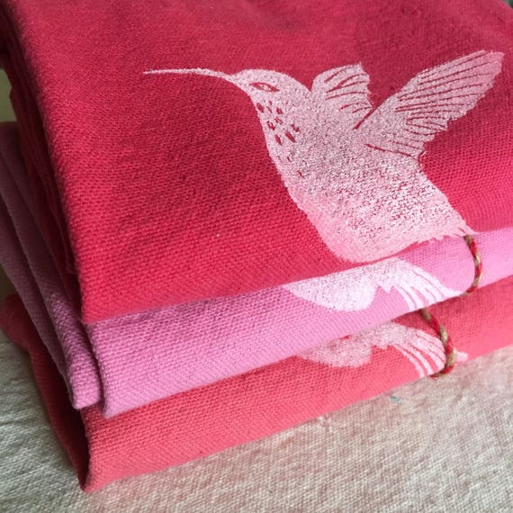 FREE SHIPPING!  3 Tea towel set, hand printed, shades of pink, kitchen decor, christmas gift, stocking stuffer, mother in law, hummingbirds