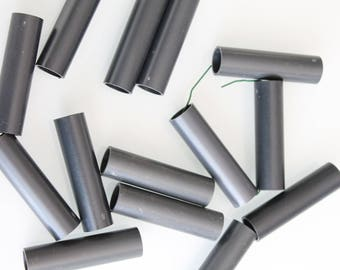 30 rouleaux noirs plastique dur, tube en plastique, 489