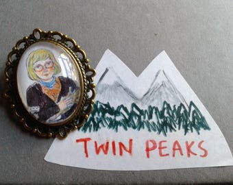 Log Lady Brooch, Twin Peaks