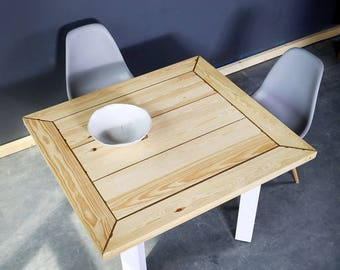 Table in the rustic style, timber Marielle 110x100cm