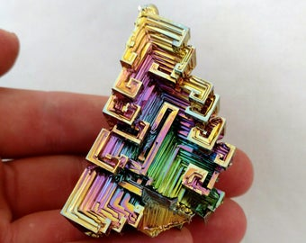 Rainbow Bismuth Crystal 92g Lab Grown Jewelry Display Specimen Educational Metaphysical Metal Healing Stone