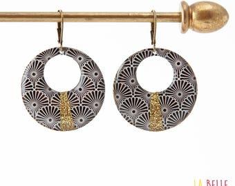 Earrings resin round Japanese black and glitter