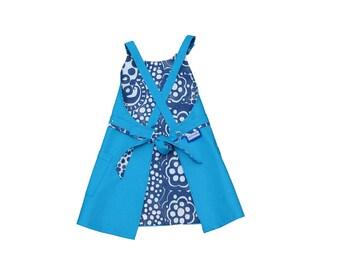 Pretty reversible child apron