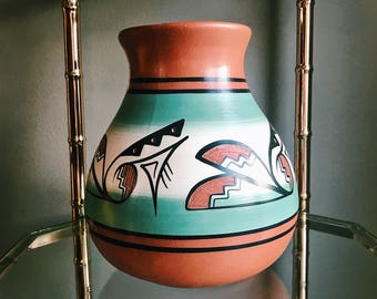 Vintage Signed Native American Pottery Vase / Indian Vessel / Southwestern Pottery