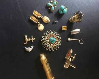 Vintage Jewelry Lot Of 10 Broken,Missing,Damaged For Parts, Beads, Repurpose