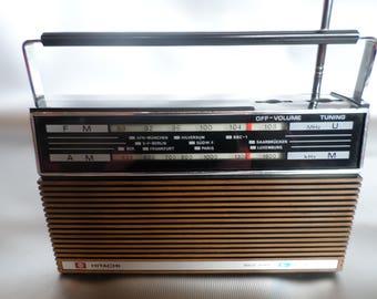 Vintage transistor radio Hitachi Ltd model KH 932 1973