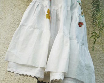Skirt/petticoat with butterflies/vintage/LINEN Fabric/size M/SIZE M/