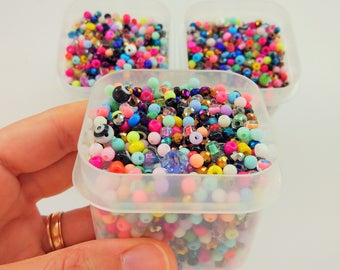 100 grams of mixed beads for jewelry making (2-6mm)- Mix de cuentas para joyería de 2-6mm- Jewelry Charms-Jewelry supplies-Evil eye