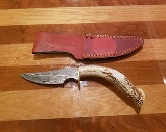 Deer Antler Damascus Skinner Hunting Knife With Sheath Antler Handle