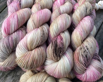 4ply SWM with Nylon and stellina Toasted Marshmallows