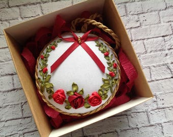 Two sides Christmas tree decor Embroidery with silk ribbons Soft pin keep Xmas gift Xmas ball Embroidered Christmas decor