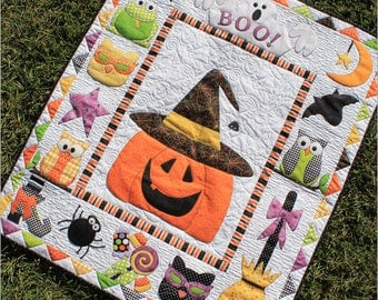 HALLOWEEN FAVORITES LASER Cut Applique Kit, Trick or Treat, Boo!, Halloween Quilt, Quilt Fabric, Prefused/Precut, Pumpin, Witches, Spiders