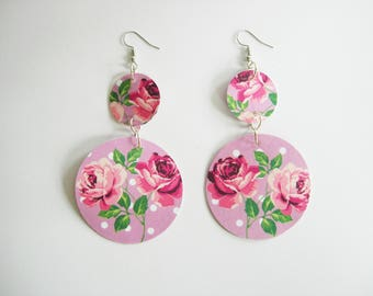 Earrings of paper.  around with roses. pendants, light weight.